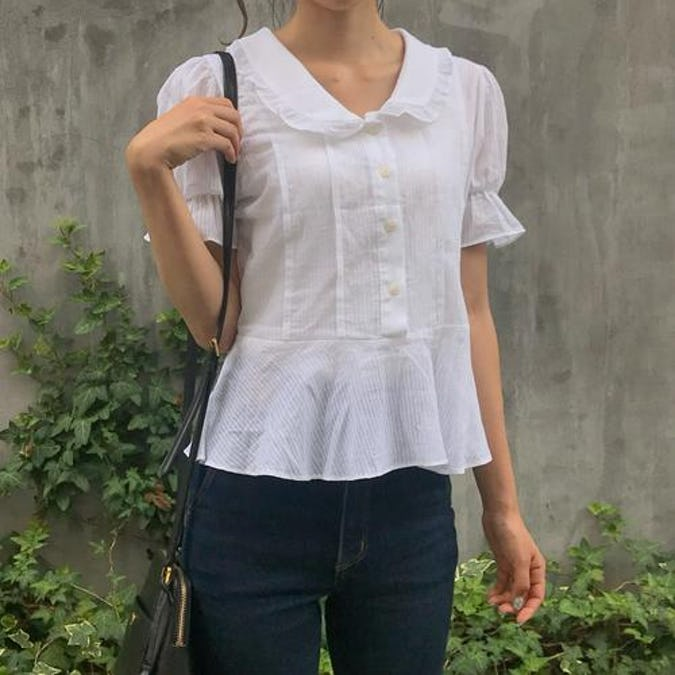 collar frill blouse