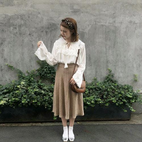 frill tassel blouse