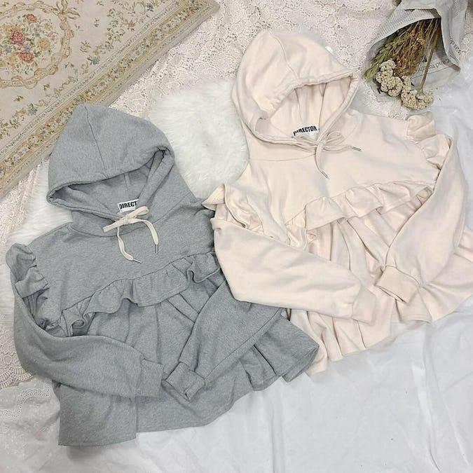 frill hood sweater