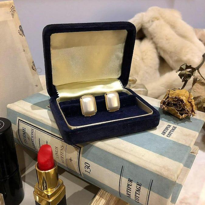 square pearl pierce