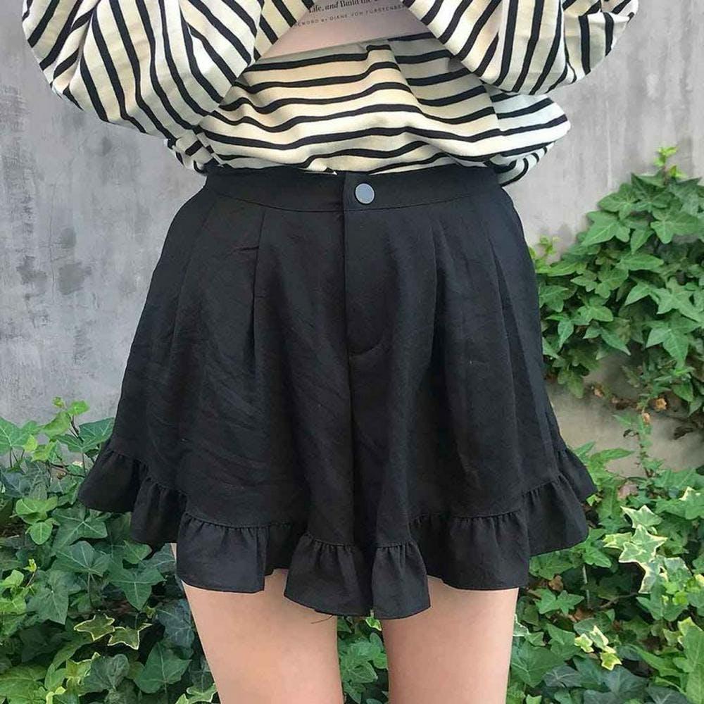 frill short pants-0