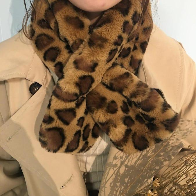 leopard fur muffler