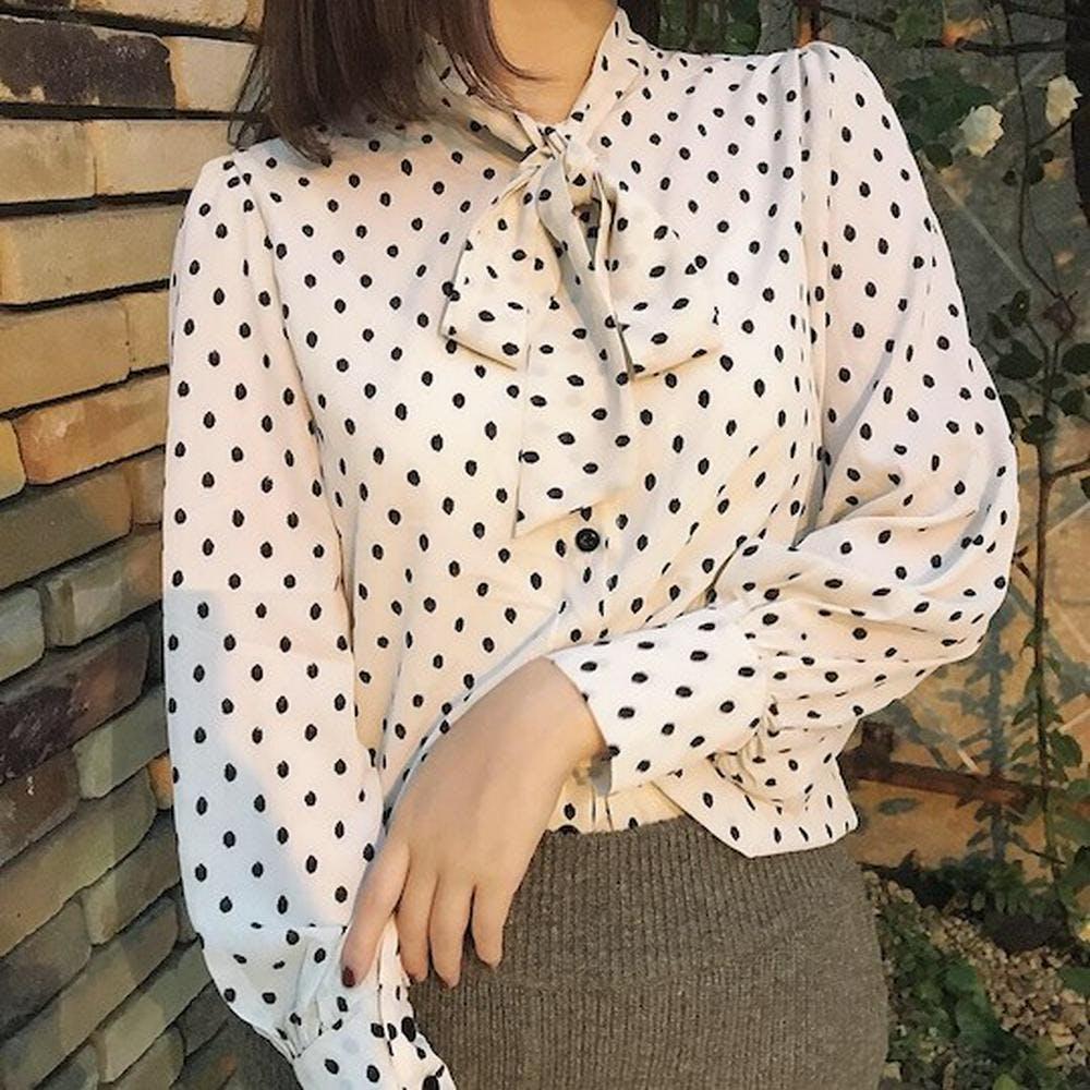 retro dot ribbon blouse