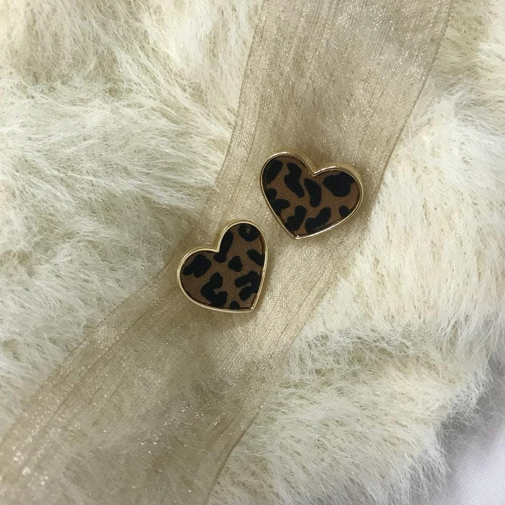 heart leopard pierce-0