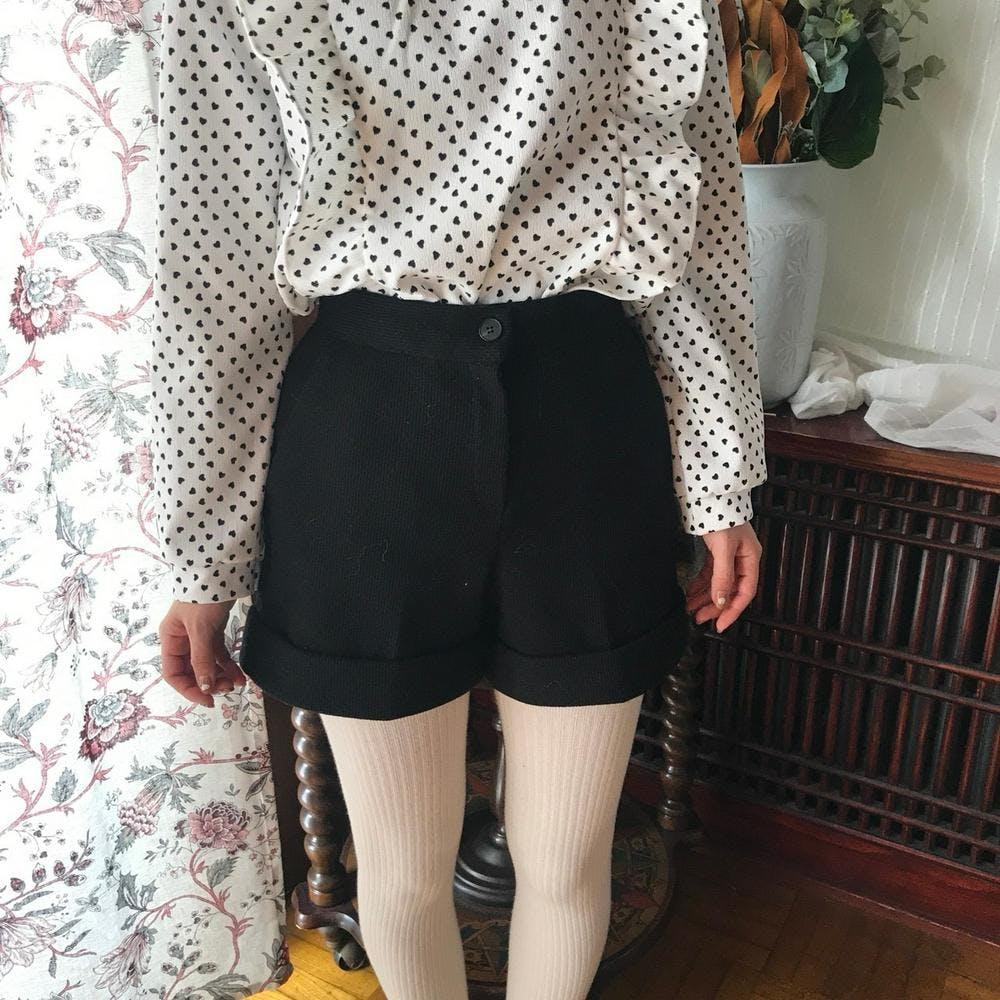 wool short pants