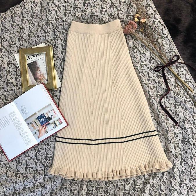 knit ruffled sk-0