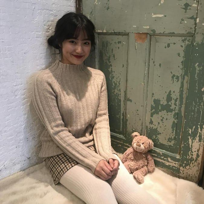 simple highneck knit