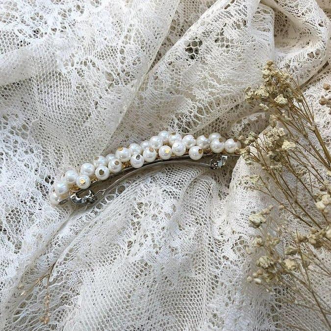 pearl pearl pin