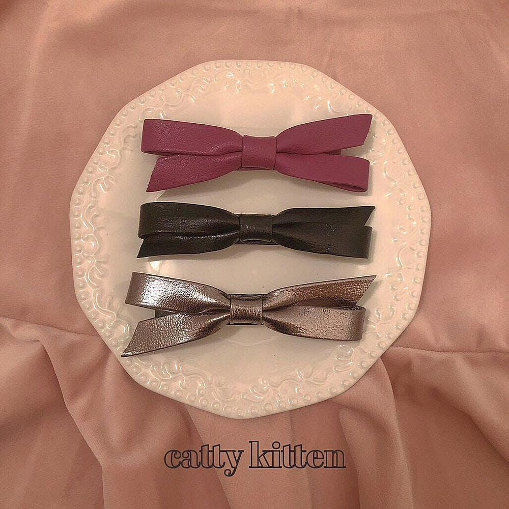 leather ribbon barrette