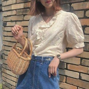 antique frill blouse