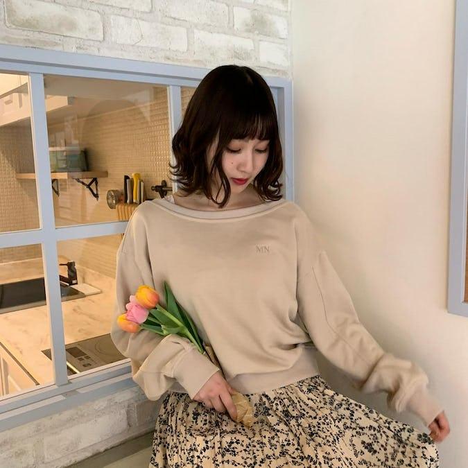 mellow's short sweater