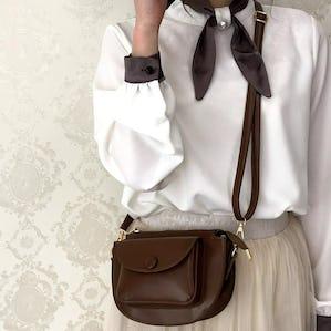 pocket moon shoulder bag