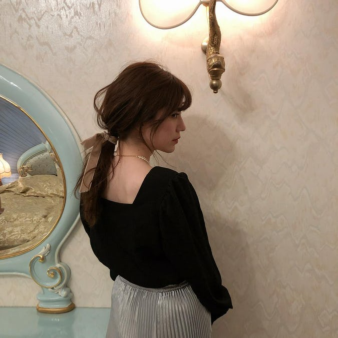 square blouse