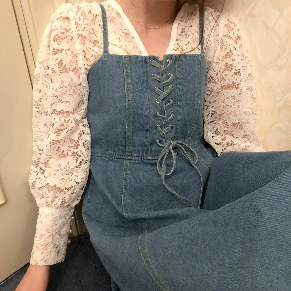 lace up denim op
