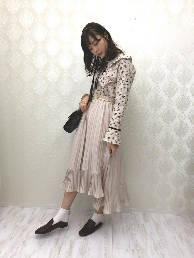 irregularhem pleats long skirt