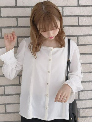 square lace ribbon blouse
