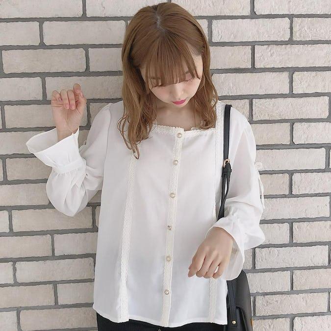 square lace ribbon blouse-0