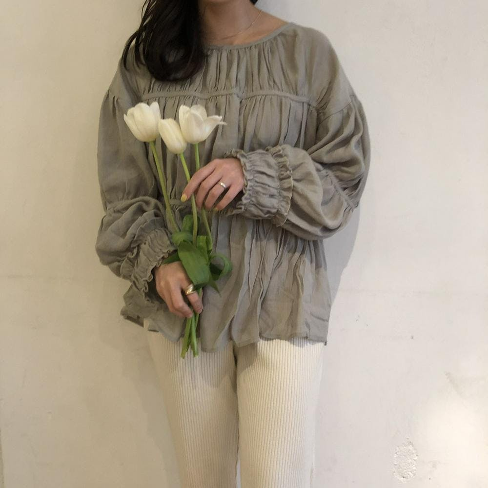 【5/21~順次発送】simple frill blouse