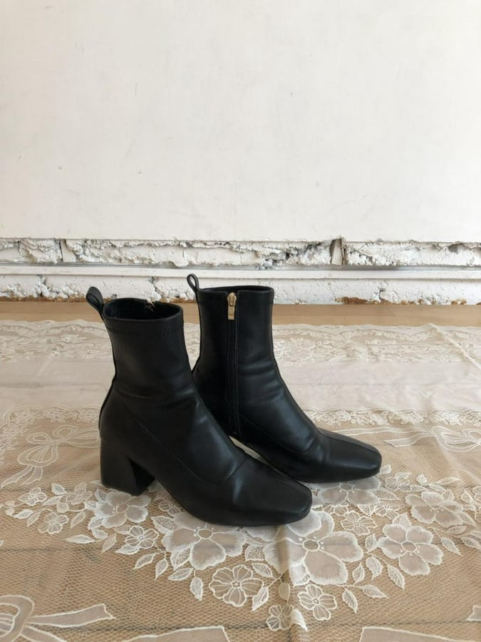 simple leather boots