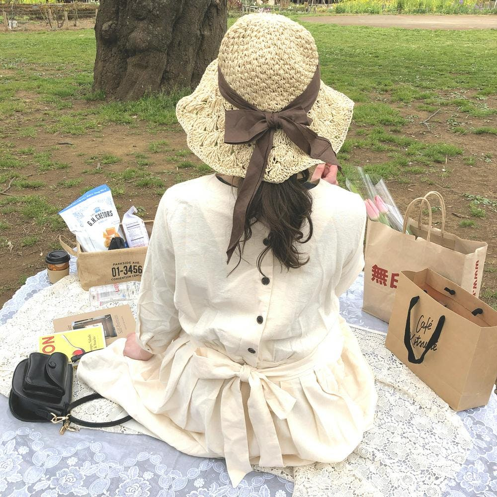 back ribbon scallop hat
