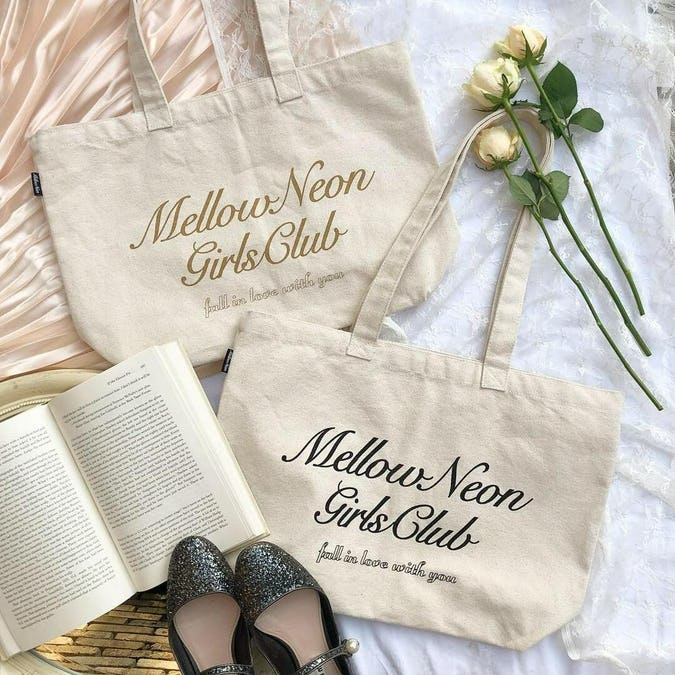 mellow's club logotote-0
