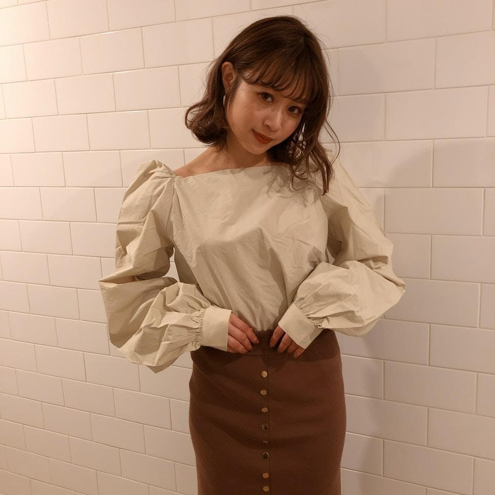 natural puff blouse