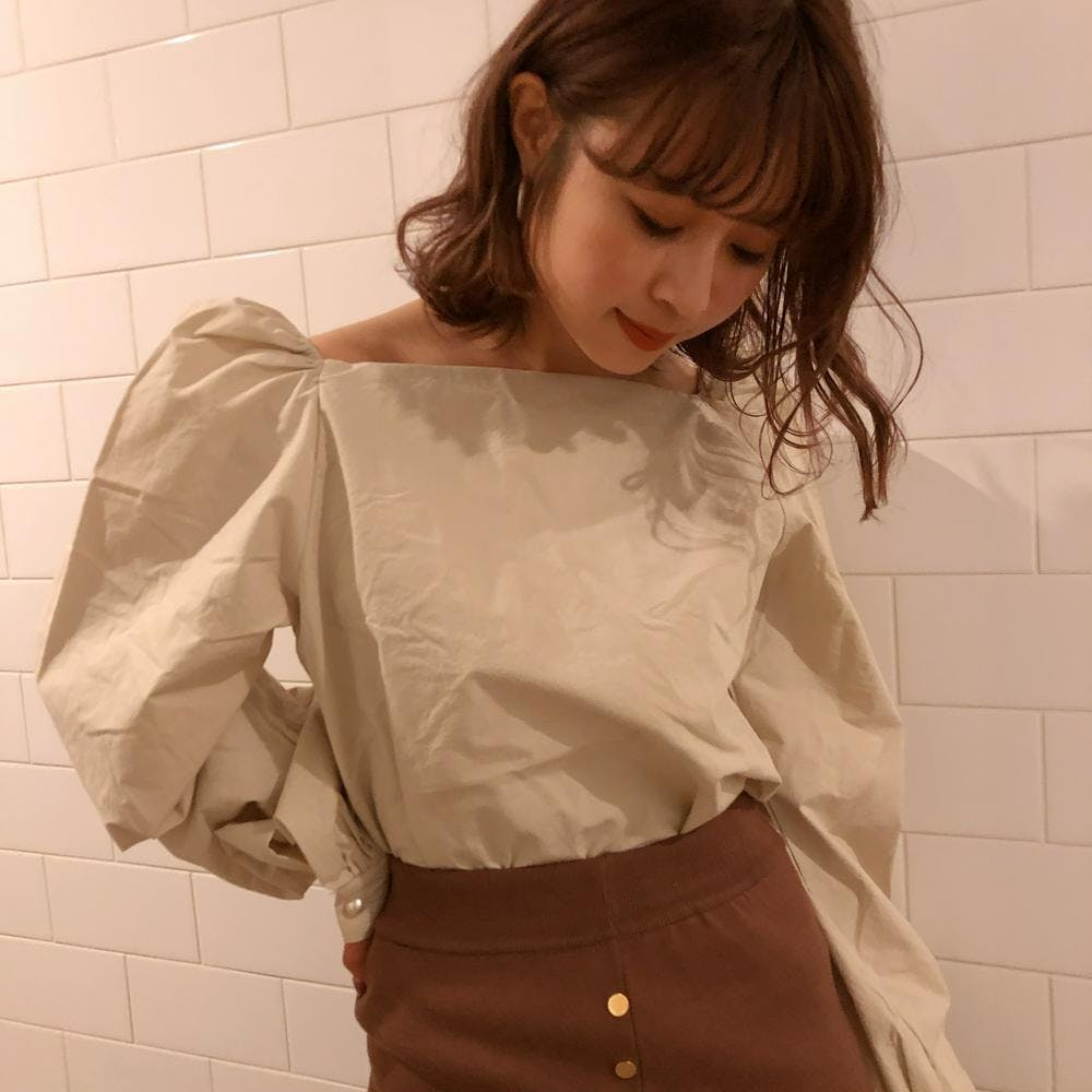 natural puff blouse