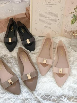 jelly flat shoes
