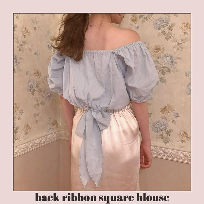back ribbon puff blouse-0