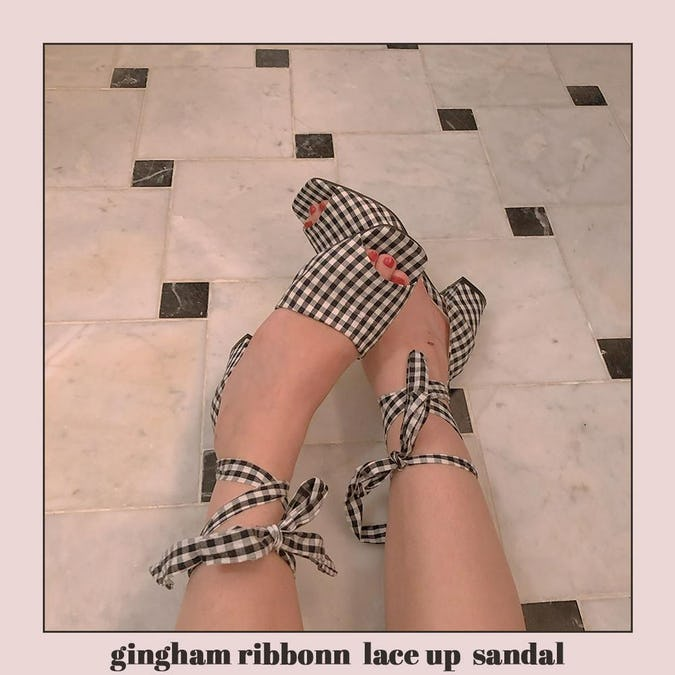 gingham ribbonn  lace up  sandal-0