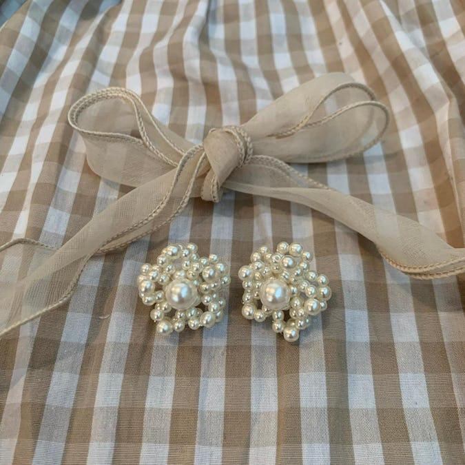 big pearl flower pierce