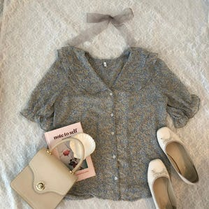 antique girly bl