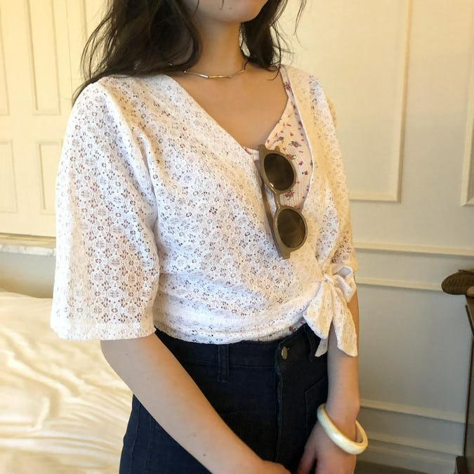 lace cachecoeur tops