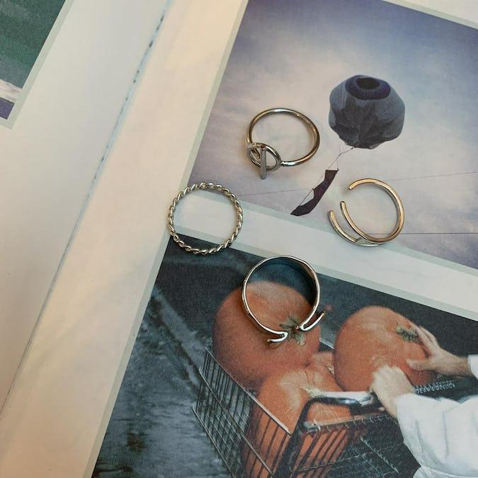 silver design set ring