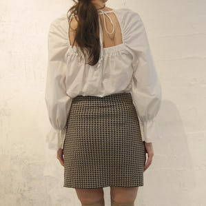 square frill blouse