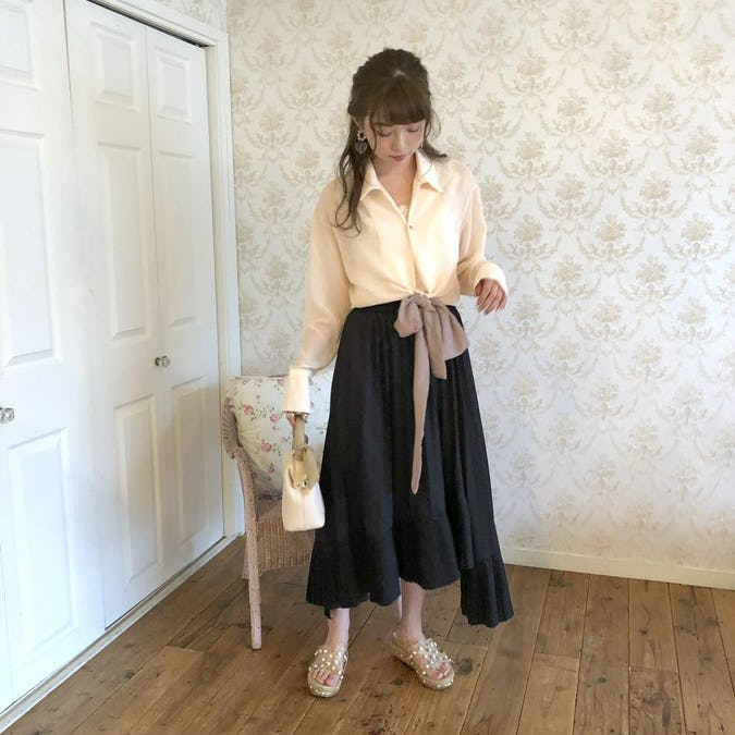 irregularhem pleats skirt