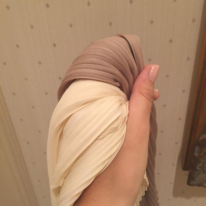 pleats vintage scarf