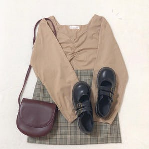 【11/25~順次発送】square vneck gather blouse