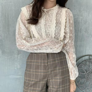 lace ribbon blouse