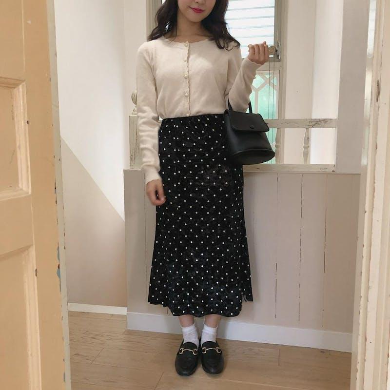 ブラックドットベルベットスカートの画像1枚目