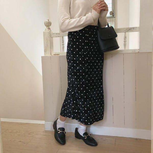 ブラックドットベルベットスカートの画像2枚目