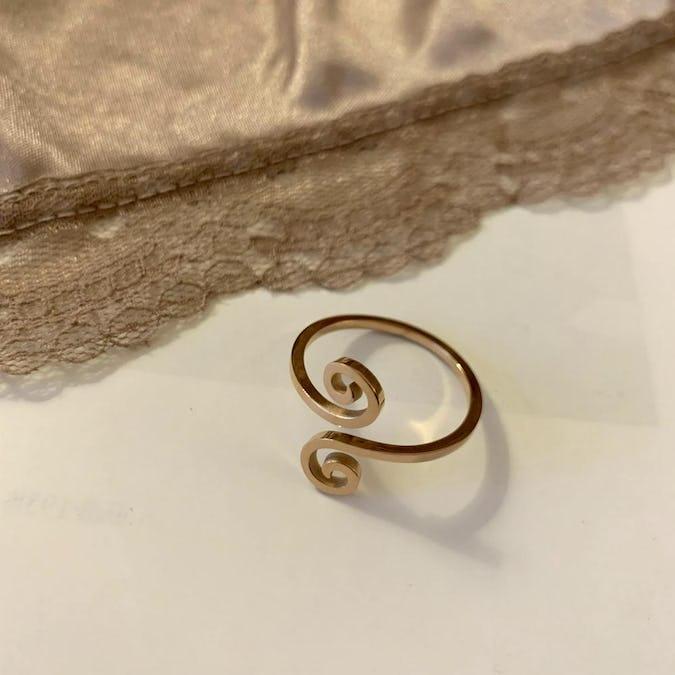 natural ring-0