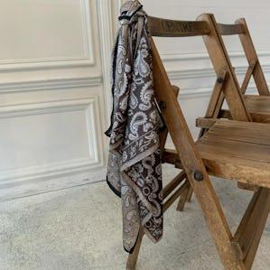 ペイズリースカーフ