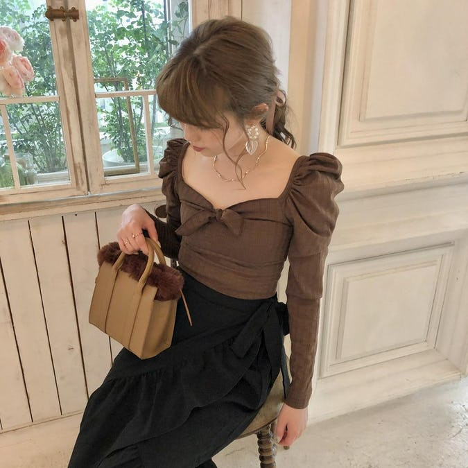 puff ribbon blouse