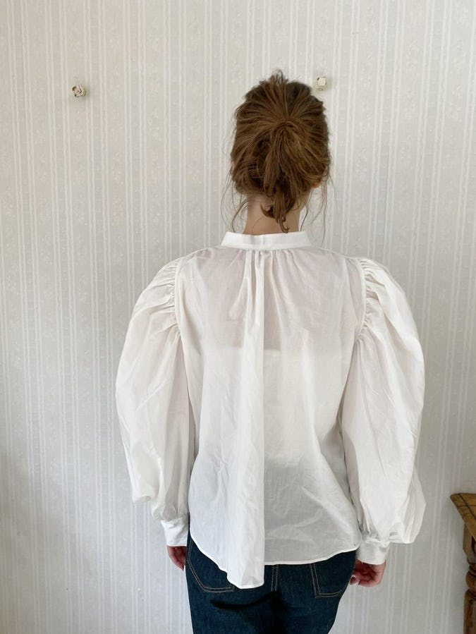 arm volume blouse