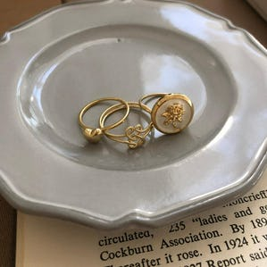 vintage rose & heart ring set