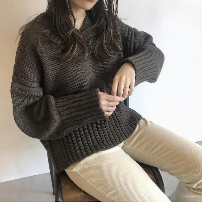 natural V knit-0