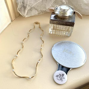 wave pearl necklace