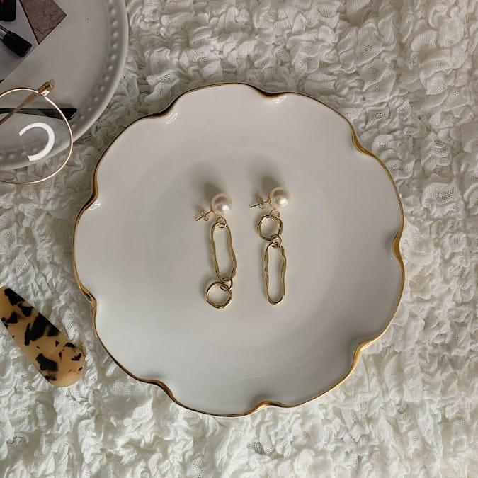 pearl chain pierce-0