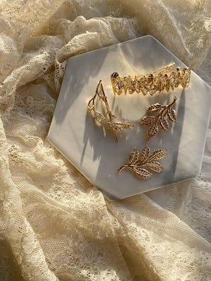 motif accessory set